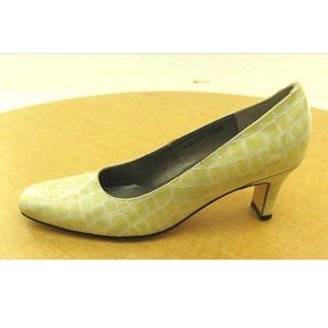 NEW Womens Ros Hommerson Pump Heel Yellow Size 7.5